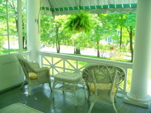 Birchwood Inn - front porch seats