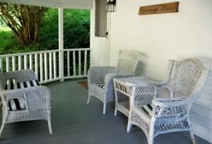 Birchwood Inn - Carriage House porch