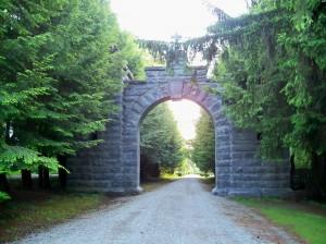 Stockbridge Cemetery - archway