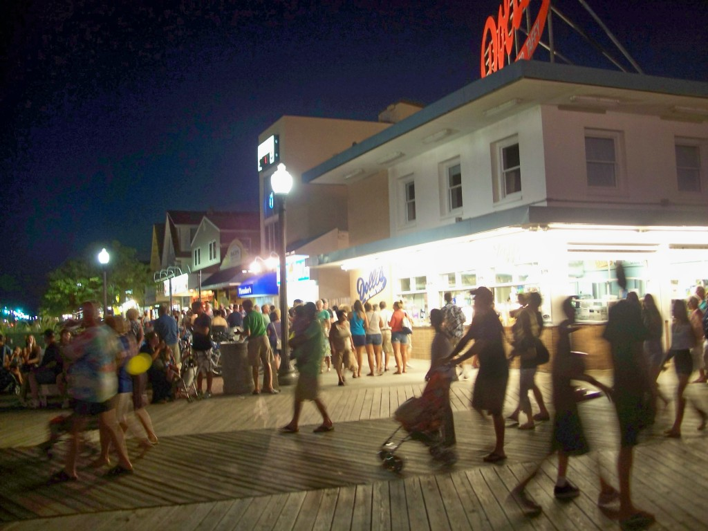 Rehoboth boardwalk at night, 12 Aug 2011
